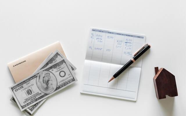 Passives Einkommen über Sparbücher ist nicht zu empfehlen.